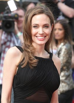 Celebs on plastic surgery: When Angelina talks, we should listen