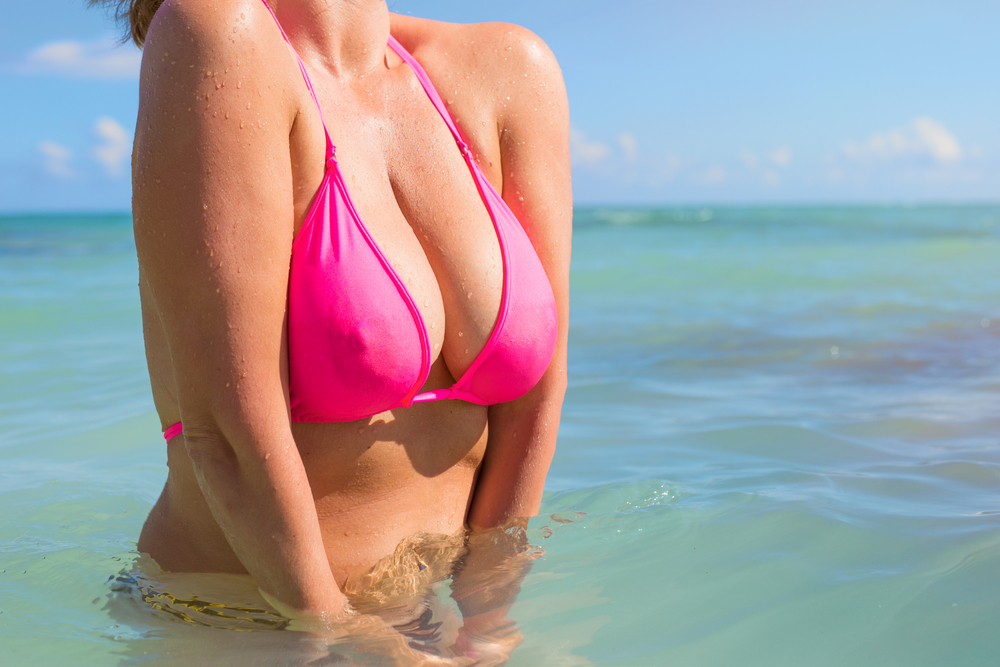 Real breasts vs implants pictures