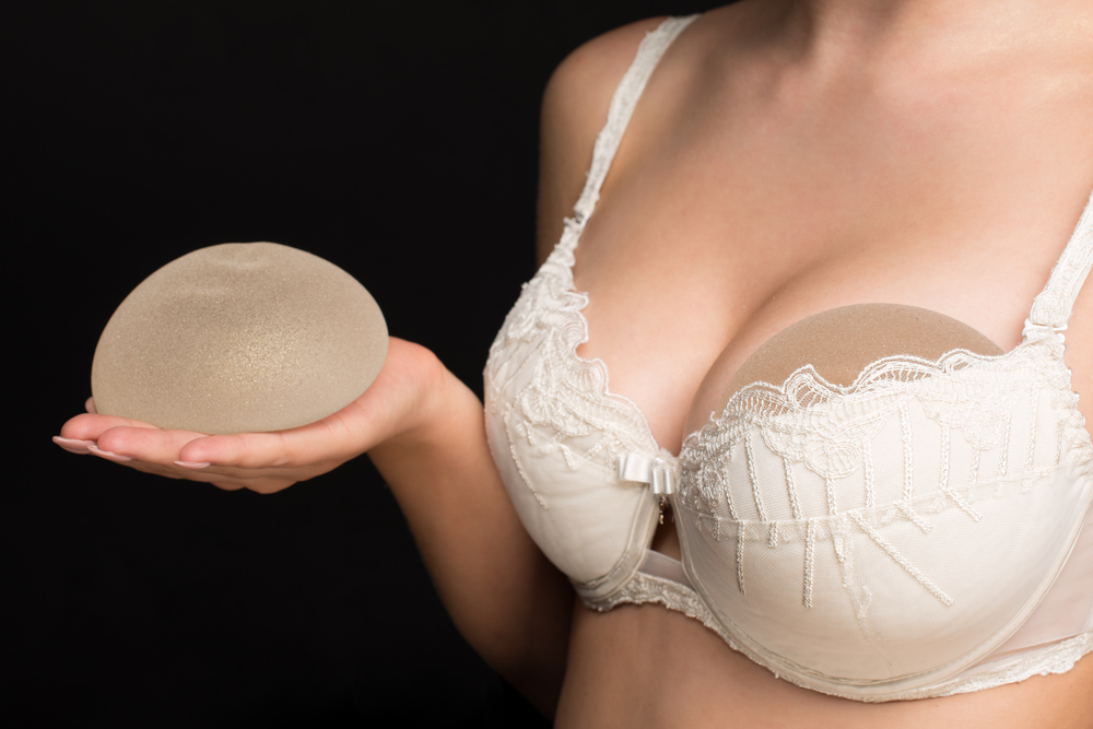 What can go wrong with breast implants